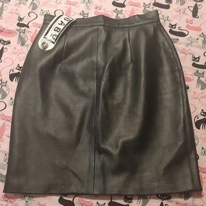 Vintage Faux Leather Black Skirt Vegan 9 10 NWT